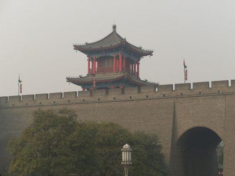 (原创)2007年11月24日沿着城墙走 - colgate77 - 四维空间站