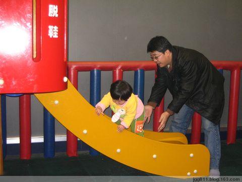 我突然领悟小孩子在一起玩才更有