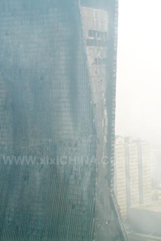 北京央视新楼,配楼已满目疮痍!损失巨大了!(图) - 麦田 -  麦田的博客