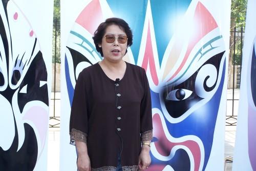 和韵社助社区魅力无限系列报道——广场清唱会 - 和合为美 韵味永昌 - 和韵京剧社 的博客