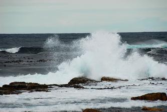我站在好望角的一块险礁上  (自由诗)