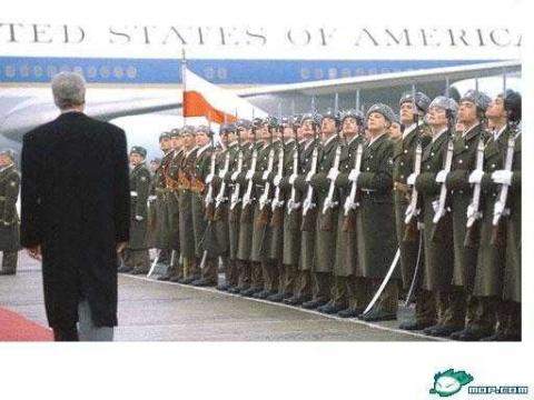 看各国阅兵 - N.cKK -