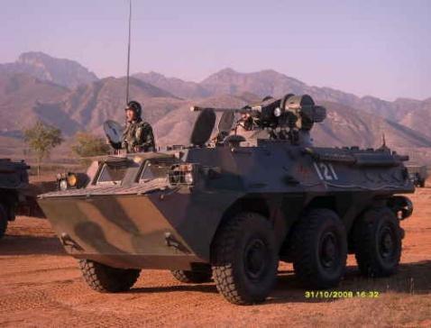 由几张照片看我军装甲步兵营的编制(ZT) - r-windy - 焕然
