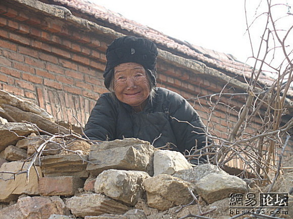 心酸无依无靠80高龄老人的生活(组图) - 狮子刘 - 化验室的博客