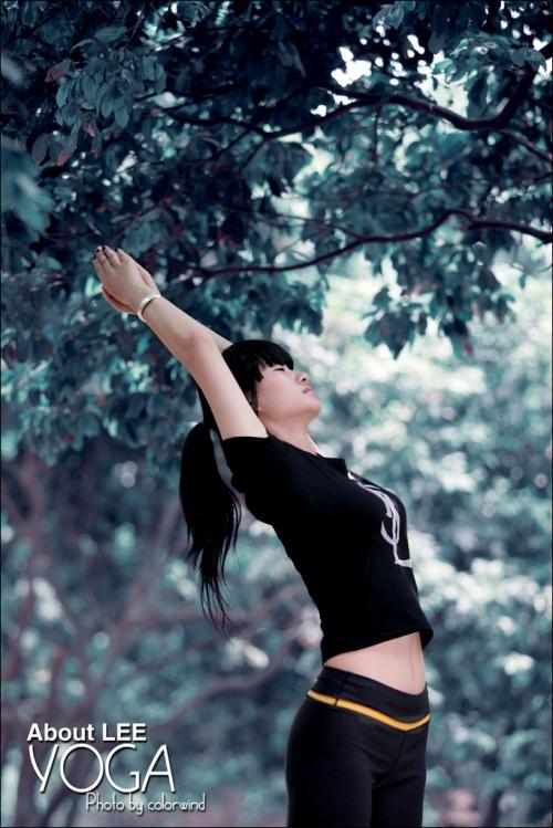 漂亮好身材的瑜珈妹妹 - 唐萧 - 唐萧博客