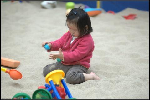 沙子和游乐场 - 贝贝的爸妈 - 贝贝的爸妈
