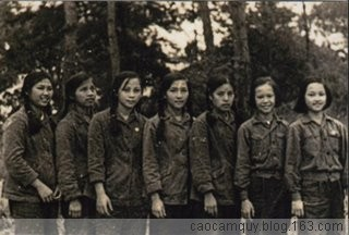我们参加了越南阮文追军校四十周年校庆 - 高歌 - caocamquy.blog.163.c