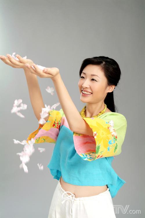 央视美女主播周涛[组图] - 心灵之约 - .