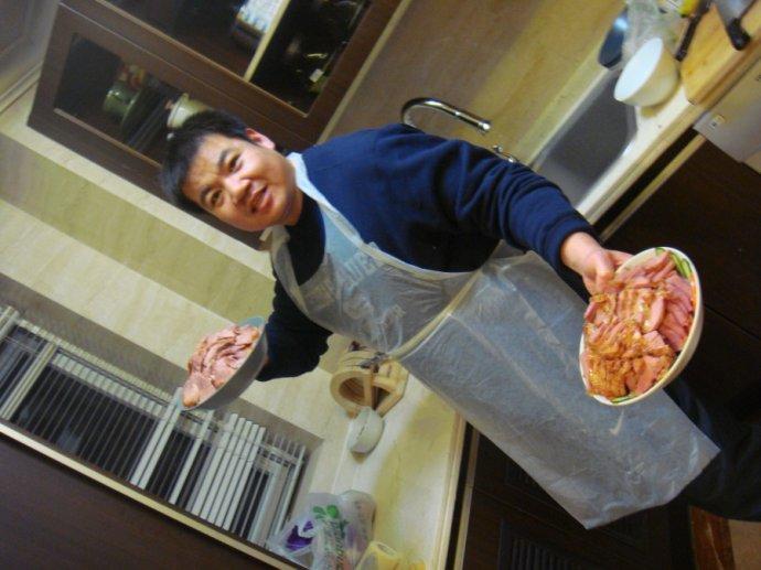 2010年12月24日平安夜队员家中包饺子狂欢