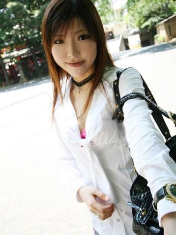 【漂亮妹的写生照】图 - 何工 - 学习、社交、生活保健、摄影