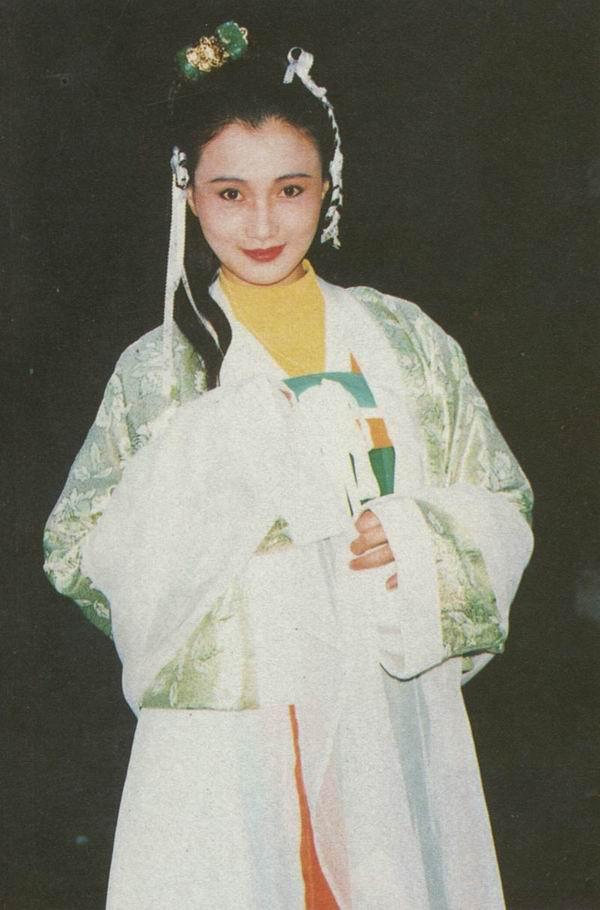 ... 林芳兵版的杨贵妃古装剧照 - 跋涉者 - 跋涉者的博客