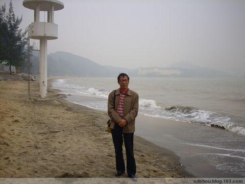 迷蒙的澳门黑沙滩 - 卓三 - 卓三的博客