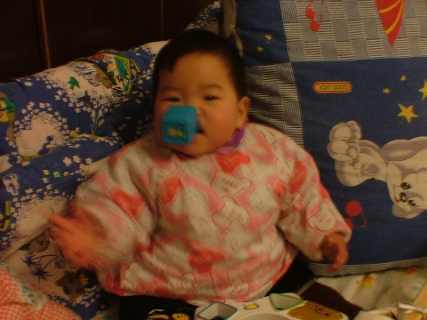 妈妈又回上海了,无聊中。。。。。。 - 宸欢 - 张宸欢的网家家