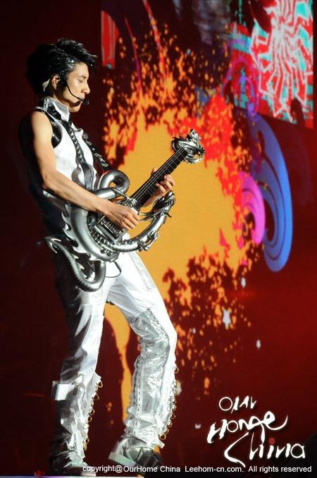歌手京城扎堆 暑期再掀演唱会热浪 - 音乐超人 - 音乐超人