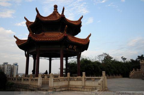 七律·江 城(原创3) - 黄山松 - 黄山松的博客——