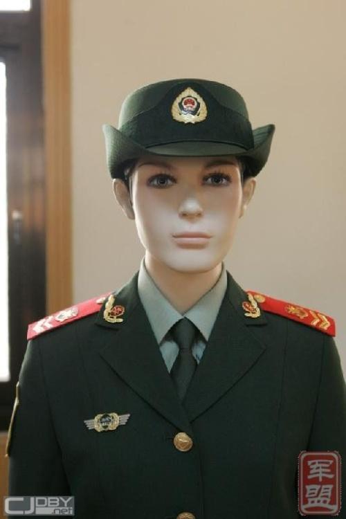 武警是否也将换07式新装呢图片