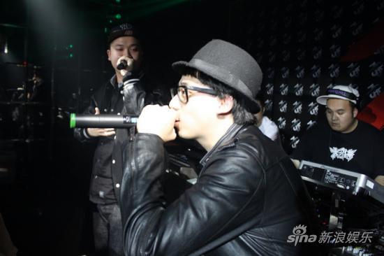 HIPHOP组合噔哚成员肥宝全新大碟发布音乐会(图) - kidgod82 - KiDgOd