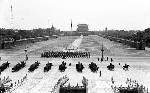 1949 1952年国庆阅兵分列式