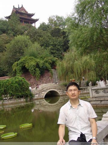 黄鹤楼 (一) - 老虎大叔 - 活在过去