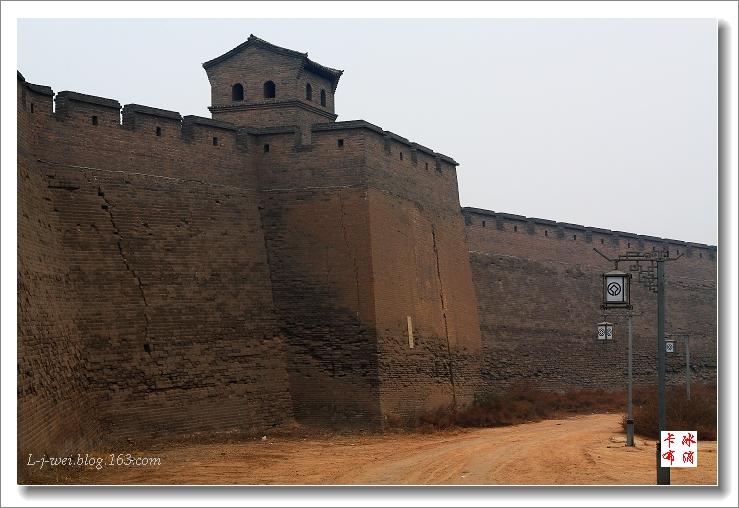 古城平遥的城墙和教堂(原创摄影) - 冰滴卡布 - l-j-wei的个人主页