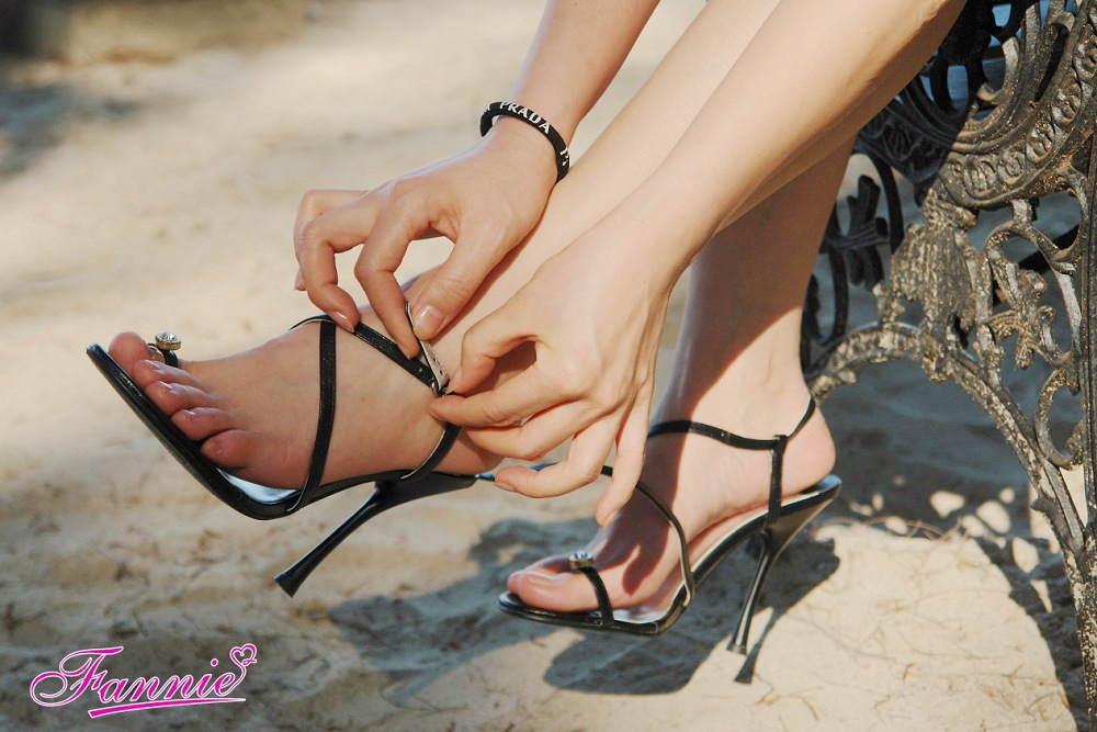 【极致高跟魅惑】 大海与宁静 - 喜欢光脚丫的夏天 - 喜欢光脚丫的夏天