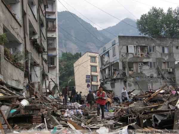 【原创】我在汶川映秀亲身经历惊心动魄的特大地震(图文) - 喔喔 - 张天一的博客