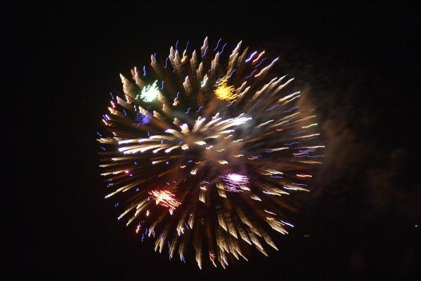 清玉案  元宵焰火(原创2) - 黄山松 - 黄山松的博客——