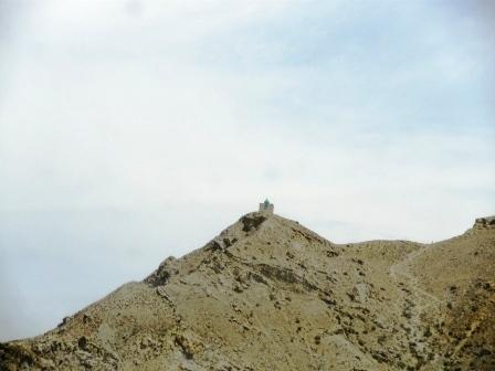 生殖石墓葬群(1) - 老虎闻玫瑰 - 老虎闻玫瑰的博客