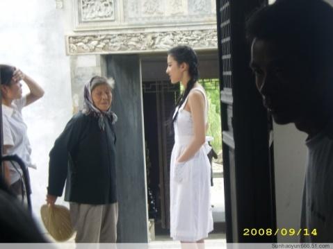 刘亦菲来到我们明月湾古村 - qinweiping1956 - 吴中山人家(农家乐)