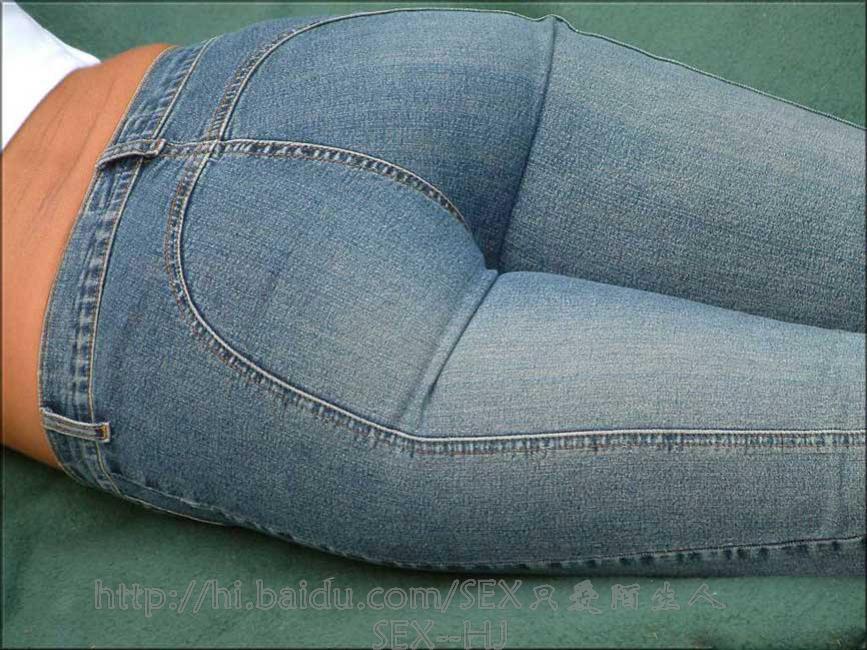 【转载】12/17:躺在草地上紧绷的丰臂,足以让人看客加快血循环--3P - yt6265676 - 休闲吧