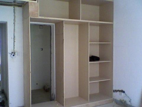 主卧室隐藏式卫生间图片