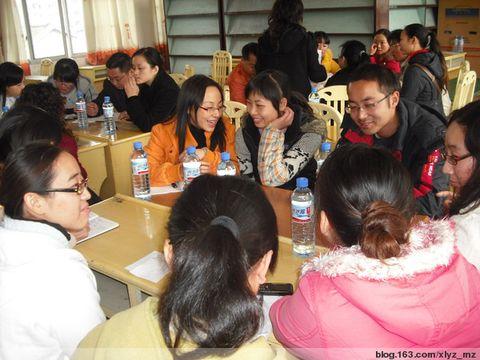 国内外专家为热线志愿者做督导 - 蓝十字心理援助——绵竹站 - 蓝十字心理援助——绵竹站