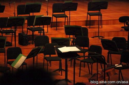 听谭利华指挥北交演奏莫扎特的第四十交响乐 - 懒蛇阿沙 - 懒蛇阿沙的博客