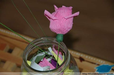皱纹纸玫瑰的做法