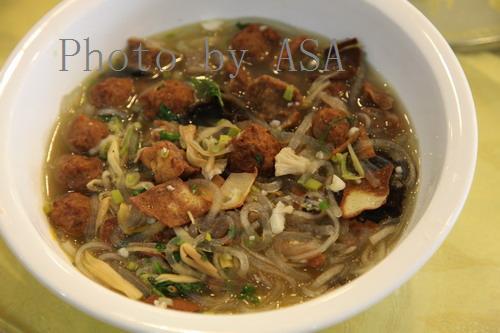 2010年元旦和朋友到宁夏大厦吃饭 - 懒蛇阿沙 - 懒蛇阿沙的博客