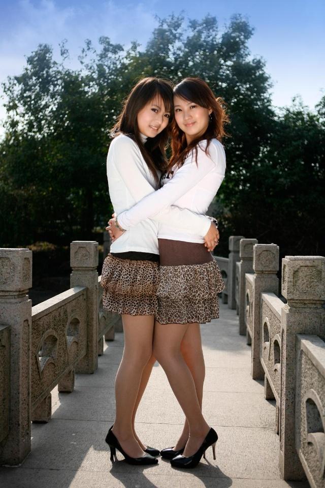 姐妹俩 - 雪莲花的日志 - 网易博客 - 林林 - 林林的博客
