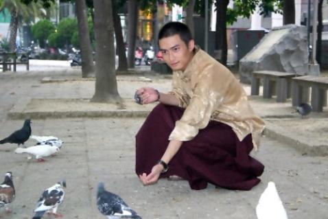 比明星还帅的西藏活佛(转载) - 罗浮香雪 - 罗浮香雪的博客